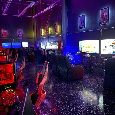 Experience Game On. Game On is Wisconsin's only modern-day gaming and ESports entertainment venue.